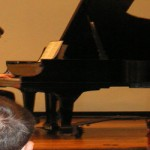 World-class pianist wows music majors