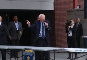 Democratic presidential candidate Bernie Sanders speaks to a crowd of supporters outside of the Vadalabene Center March 4. (Photo by Joseph Lacdan)